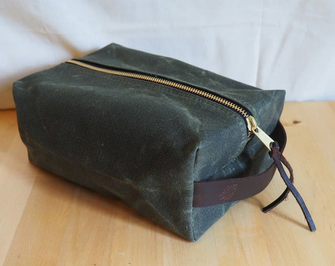 Waxed Canvas Dopp Kit / Toiletry Kit /  Travel Bag / Shave Kit / Lined