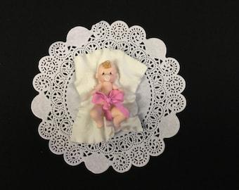 Cold Porcelain Baby on Blanket Cake Topper, Baby Shower, Baby Boy/Girl