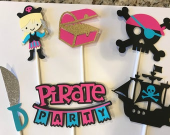 12 pirate girl cupcake toppers