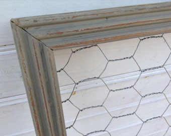 Gray Chalk Paint Chicken Wire Frame 15 x 19 Shabby Chic / Upcycled / Office Organization / Jewelry Storage / Memo Board