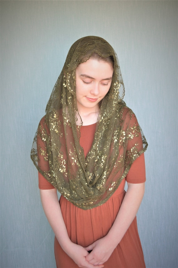 Green Shimmer Infinity Veil | Green Catholic Chapel Veil Catholic Mantilla Catholic Veil Church Veil Mass Veil Veil for Mass Robin Nest Lane