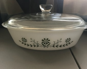 Ovenware small casserole dish with lid