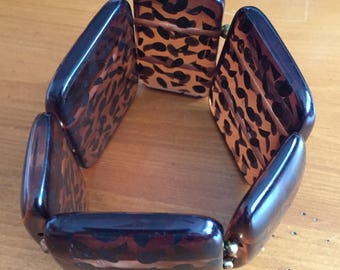 Bold and Beautiful Brown Stretch Bracelet (7-8 inch)