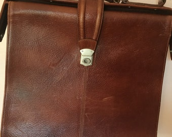 Vintage Brown Leather Messenger Crossbody Bag
