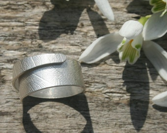 Ring open band. Sterling silver