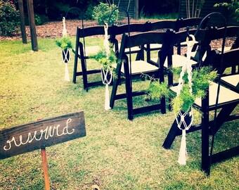 Beach Wedding Decor / Macrame Aisle Markers / Rustic / Outdoor / Cottage Chic / Macrame Plant Hanger Ceremony Decor / Bridesmaid Gift