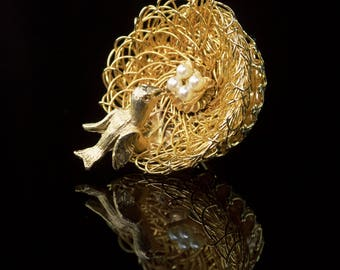 Hobe Bird with Nest Brooch Pin | Vintage Gold Tone Figural Jewelry