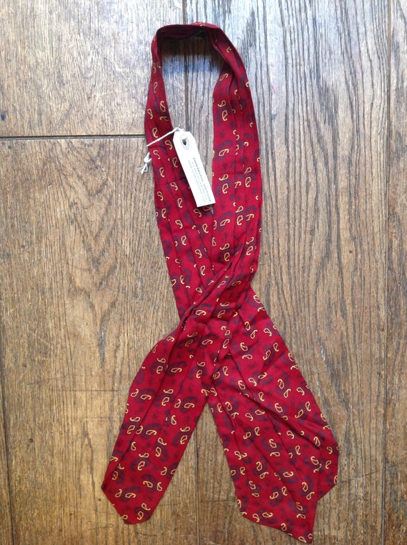 Vintage 1960s 60s Tootal cravat burgundy red paisley patterned mod northern soul made in England