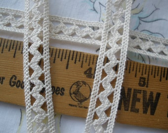 """Antique white Cotton Rick Rack straight edges Lace Trim 1/2"""" 13MM wide cluny lace chevron insert embellish BTY retro off white ecru natural"""
