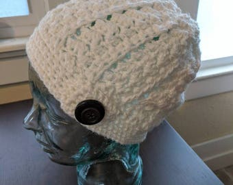 Crochet slouch hat with vintage buttons/white/handmade