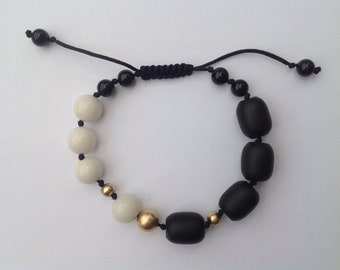 Onyx and white Jade bracelet