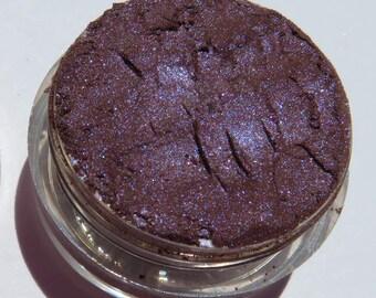 Dark Royal Plum Purple Eyeshadow | Blue Shimmer | Loose Pigments | Cruelty-Free | Vegan Mineral Eye Shadow - Guinevere