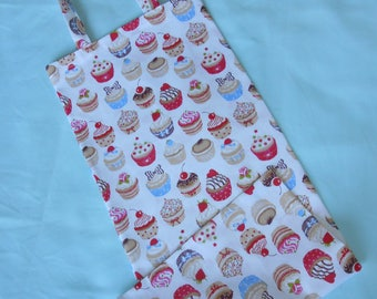 """A bag with bread, 100% cotton printed """"doughnuts"""" pink tone."""