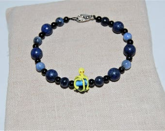 Octopus blue and yellow glass bead Stretch Bracelet