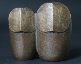 a vintage couple of Owls - cast bronze sculpture / figurine - mid century modern - nicely patinated - art deco to modernist - fine art