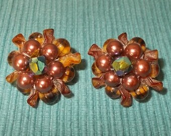 """Vintage 50s/60s RETRO Brown,Rose & Iridescent Bead Clip-on Ball Earrings-1"""" diameter-FREE SHIPPING!"""
