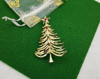 Tancer Christmas Tree  Brooch Signed Gold  and  Rhinestones Seasonal Holiday Nature