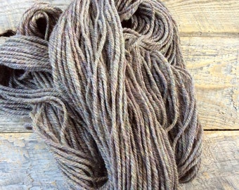 Gray handspun yarn - Aran, heavy worsted weight yarn for knitting or crochet