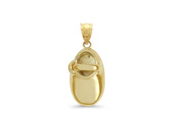 14k solid gold baby shoe pendant. engraved with name and date non returnable.