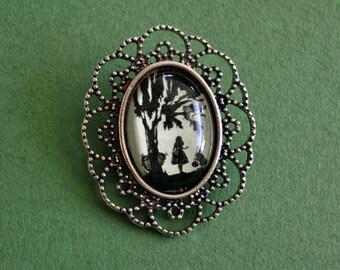 ALICE IN WONDERLAND Brooch - Silhouette Jewelry