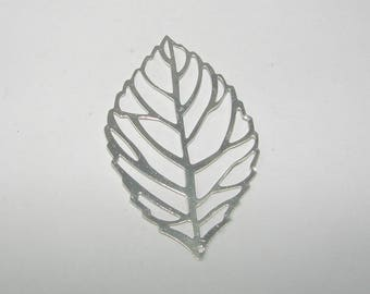 """Leaf"" silver plated 3 microns bright cut charm."