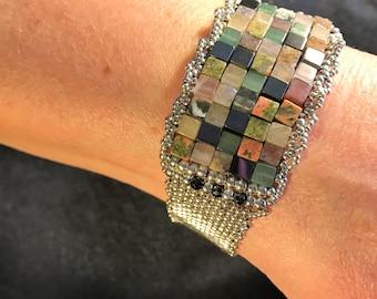 NO 158 Hand Beaded Gem Stone and Silver Bracelet