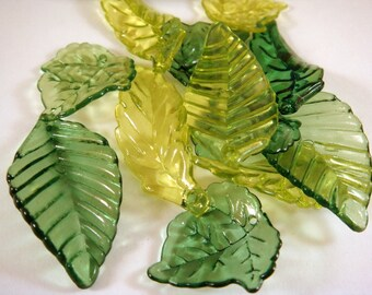 12 Acrylic Leaves Green Assortment - 12 pc - A1035-ASG12