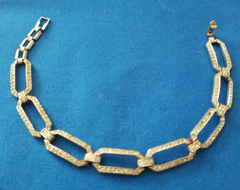 Vintage SIGNED TRIFARI sterling rhinestone link bracelet