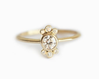 Round Engagement Ring, Diamond Engagement Ring, Round Diamond Ring, Dainty Diamond Ring, 0.25 carat Diamond Ring, 18k Solid Gold