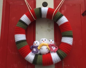 Crochet Christmas Wreath with snowmen
