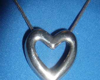 Vintage OPEN HEART Silvertone NECKLACE Pendant