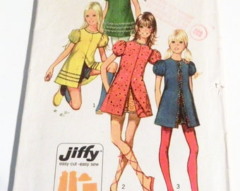 1970s Girls Dress Puff sleeves short shorts jiffy sewing pattern Simplicity 9588 Size 14 Bust 32""