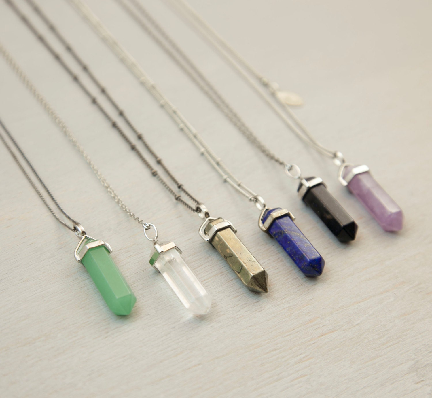 bullet natural spiritual product column women quartz necklaces hot sale crystal best seekers necklace stone pendants hexagonal vintage for