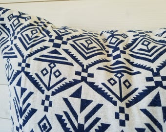 Aztec Jacquard Blue and White Throw pillow, Decorative Throw, Accent Pillow, Pillow Cushion, Toss Pillow, Cushion Cover 24x24