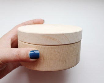 110 mm - Round unfinished wooden box - with cover - natural, eco friendly - 110 mm diameter - B101-110