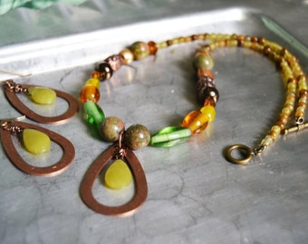 GREEN JADE Copper Necklace Earring Set Mixed Green and Brown Beaded Pendant Necklace Dangling Earrings
