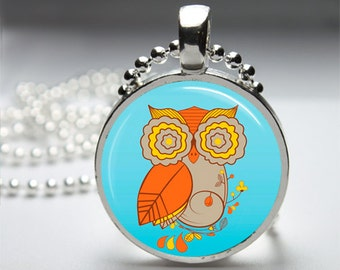 Abstract Owl Hoot Illustration Round Pendant Necklace with Silver Ball or Snake Chain Necklace or Key Ring