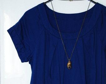 Crab claw necklace, crab leg pendant, bronze jewelry, sea life charm, golden color, bohemian, boho festival, nautical, beach, zirconias