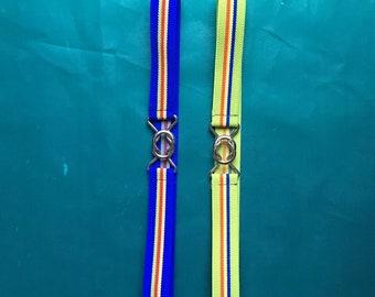 Interlocking retro feels belt