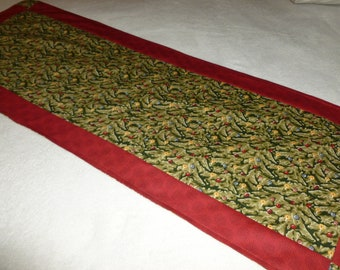 Table Runner with Christmas Tree fabric