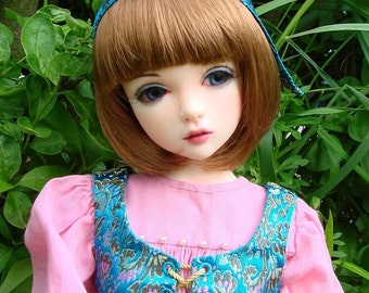 Brocade and pink outfit for Iplehouse JID girl