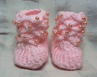 Handmade Crochet Crocodile Stitch Pink Beaded Baby Shoes/Boots/Slippers  Sizes  0-6/6-12 Months Old