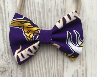 Minnesota Vikings kid bow - football fan bow - baby vikings fan- custom football headband - headvand or hair clip - one size fits all