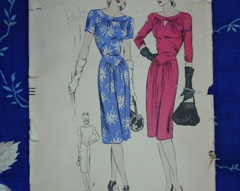Vintage Pattern c.1940's Vogue No.5290 Dress, Size 16