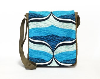 Kimmy - Canvas Messenger Bag | Cross body bag | Retro bag | Vintage Fabric Upcycled Shoulder Bag by EllaOsix