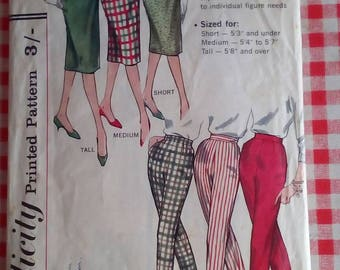 "1960s Skirt & Pants - 26"" Waist - Simplicity 3257 - Vintage Retro Sewing Pattern"
