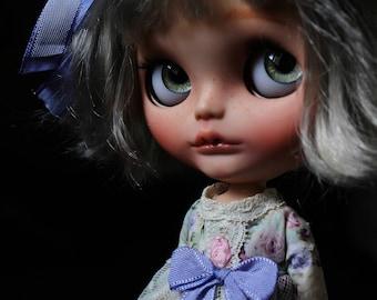 "Ooak Custom  Blythe Art Doll "" Swan "" by Iriscustom"
