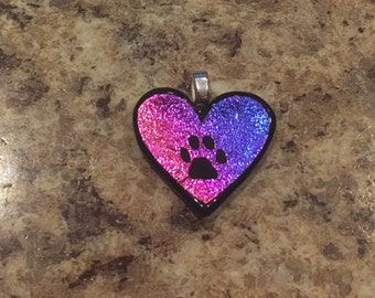 Heart pendant with paw print