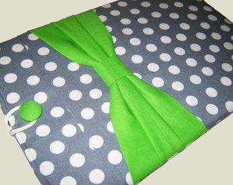 iPad Case, iPad Air 2 case, Sony Xperia case, iPad Air Sleeve, Kindle Fire 8.9, iPad Pro Case, Gray Polks Dots w/ Green Bow