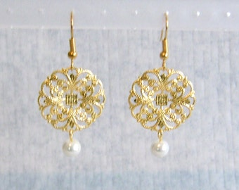 Round Gold Filigree with Pearl Pierced or Clip On Earrings